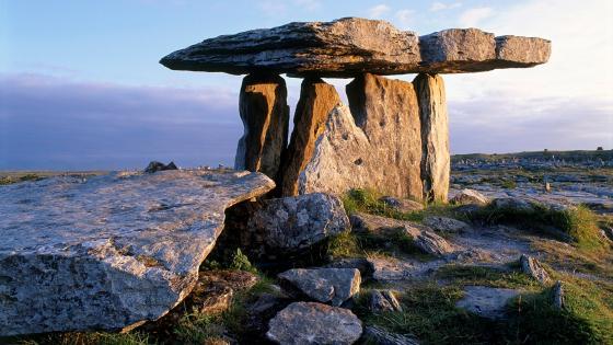 Poulnabrone dolmen wallpaper