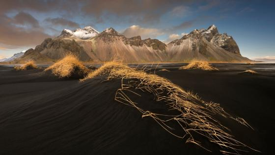 Vestrahorn Mountains - The Horny Mountains (Iceland) wallpaper