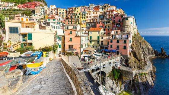 Manarola (Cinque Terre National Park) wallpaper