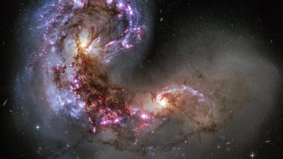 HST Image of the Antennae Galaxies wallpaper