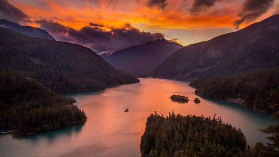 Ross Lake National Recreation Area wallpaper