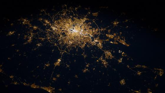 Greater London at Night wallpaper