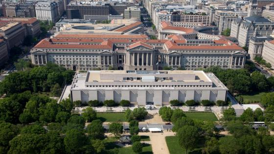 Aerial view of National Museum of American History wallpaper