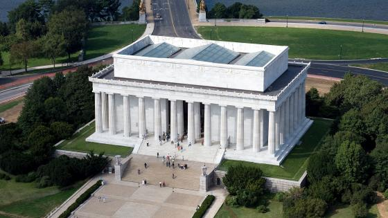 Aerial View of the Lincoln Memorial in Washington, D.C. wallpaper