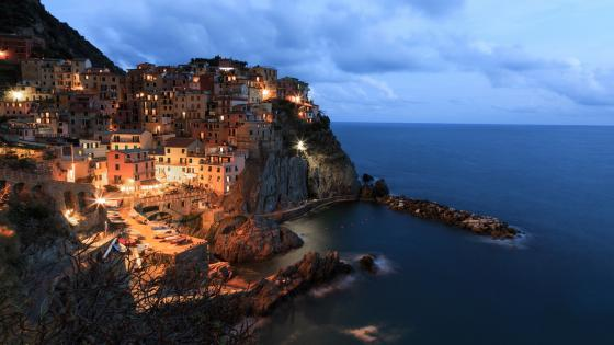 Manarola evening wallpaper