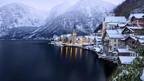Winter in Hallstatt wallpaper