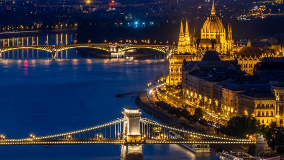 Budapest night view wallpaper