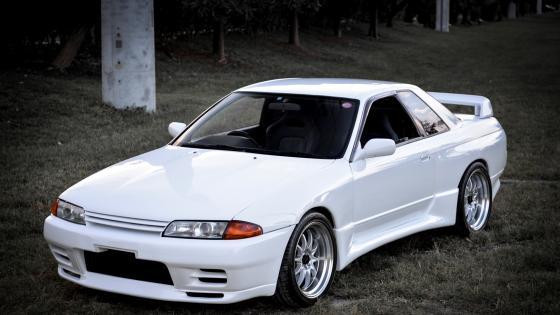 White Nissan Skyline R32 wallpaper