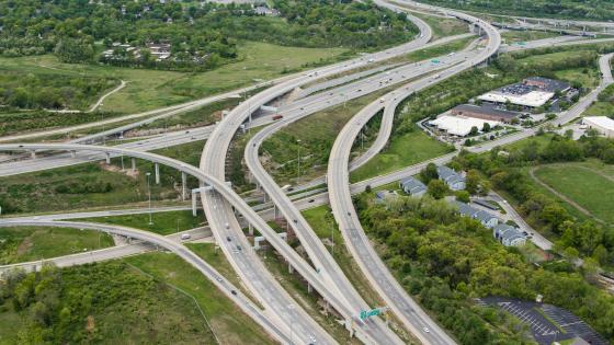 I 435-& 3 Trails Crossing in Kansas City, Missouri wallpaper