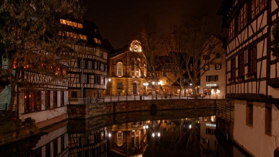 Strasbourg by night wallpaper