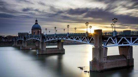Pont Saint Pierre (Saint-Pierre Bridge) wallpaper