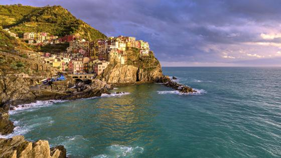 Ligurian Sea and Manarola wallpaper
