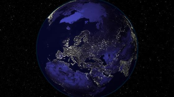 Light and Dark Image Pair: Europe (Night) wallpaper