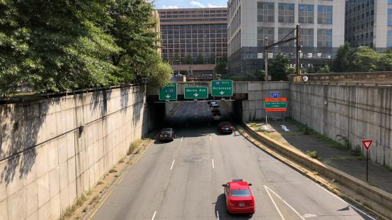 9th Street Expressway from the Overpass for C Street Southwest in Washington, DC wallpaper