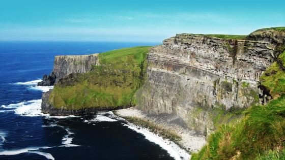 Cliffs of Moher, Ireland wallpaper