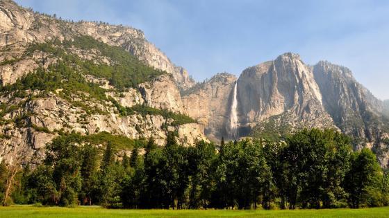 Yosemite Falls, Yosemite National Park wallpaper