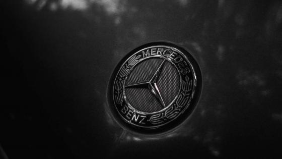 Benz logo wallpaper