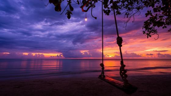 Swing at sunset wallpaper