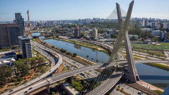 São Paulo's Octávio Frias de Oliveira Bridge wallpaper