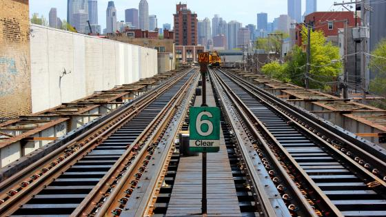 Elevated Railway Tracks in Chicago wallpaper