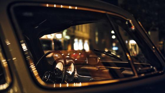 Car at night wallpaper