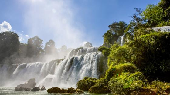 Ban Gioc Waterfall wallpaper
