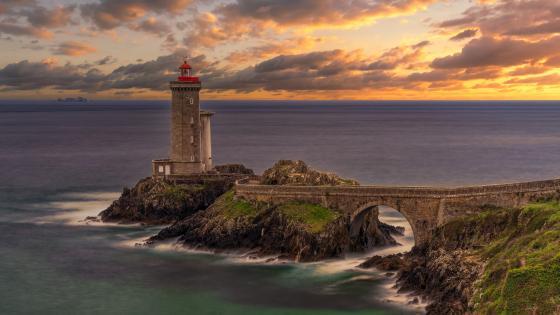 Petit Minou Lighthouse (Phare du Petit Minou) wallpaper