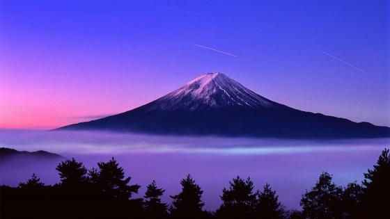 Mount Fuji with star trails wallpaper