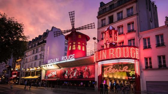 Moulin Rouge wallpaper