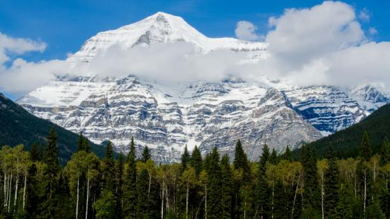 Mount Robson, Mount Robson Provincial Park wallpaper