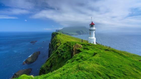 Mykines Hólmur Lighthouse, Faroe Islands wallpaper