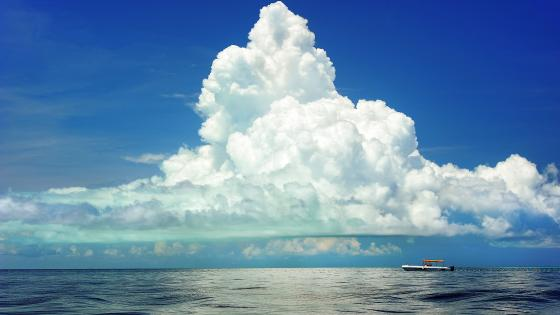 Clouds above the sea wallpaper
