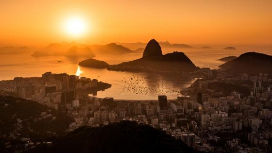 Sunrise in Rio de Janeiro wallpaper