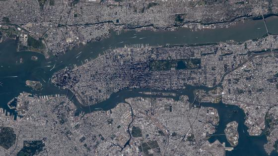 Satellite View of Manhattan, Brooklyn, Queens, The Bronx & Jersey City wallpaper