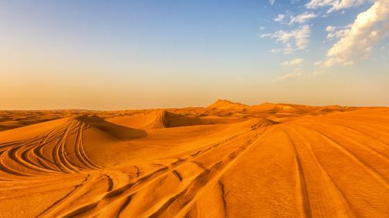 Dubai desert wallpaper