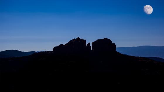 Rock formation silhouette wallpaper