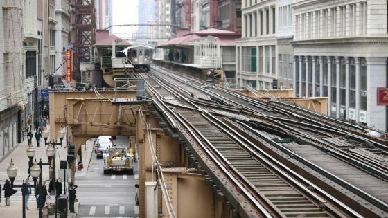 Elevated Railway Tracks in the Chicago Loop wallpaper