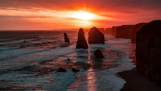 Twelve Apostles at sunset wallpaper