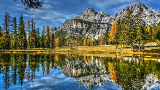 Dolomite Mountains reflection wallpaper