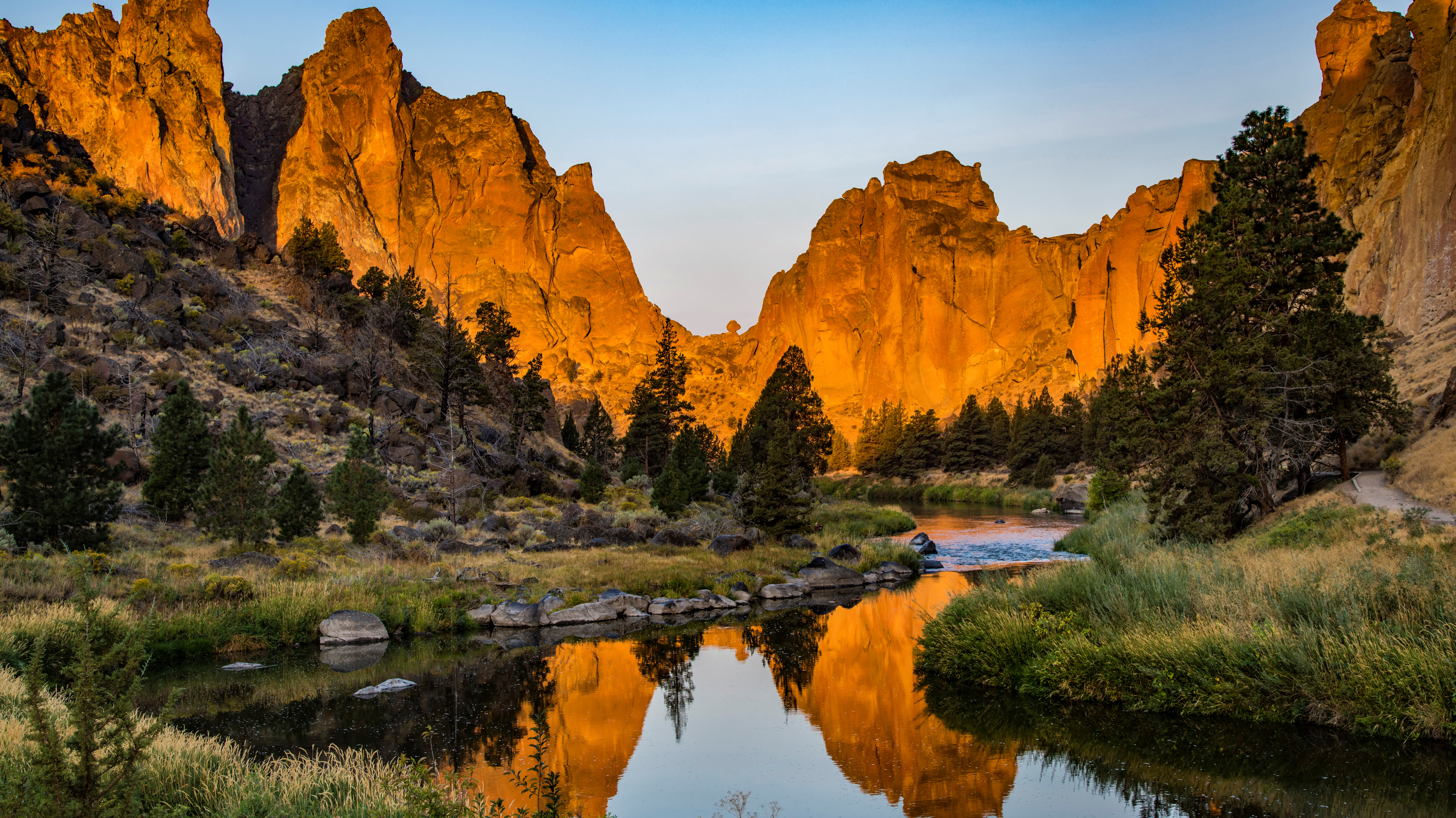 Smith Rock State Park wallpaper